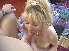 Aged blonde woman does fine blowjob