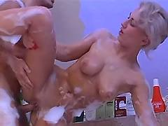Girl fuck in bubble bath