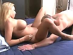 Blond basty cuttie licked