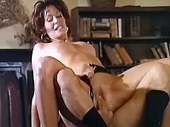 Retired mature secretary amuck skips on hard dick
