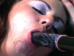 Lezzie fucks girl w bat