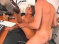 Blonde screwed in office